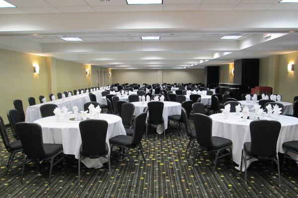 space at Crowne Plaza Bloomington