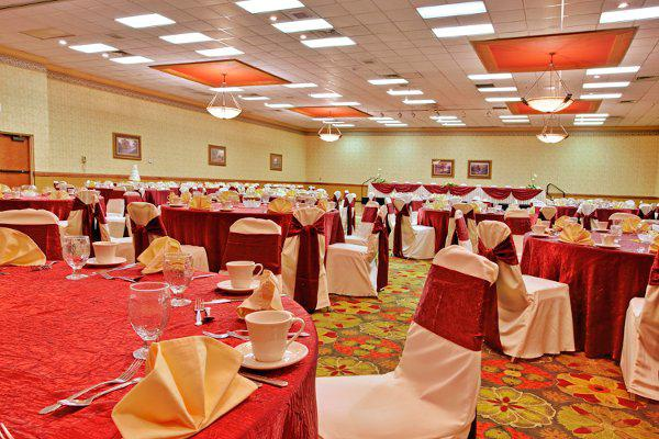 space at Holiday Inn Hotel & Suites - Tucson Airport