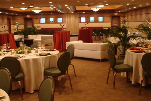 space at Lake Elmo Inn Event Center
