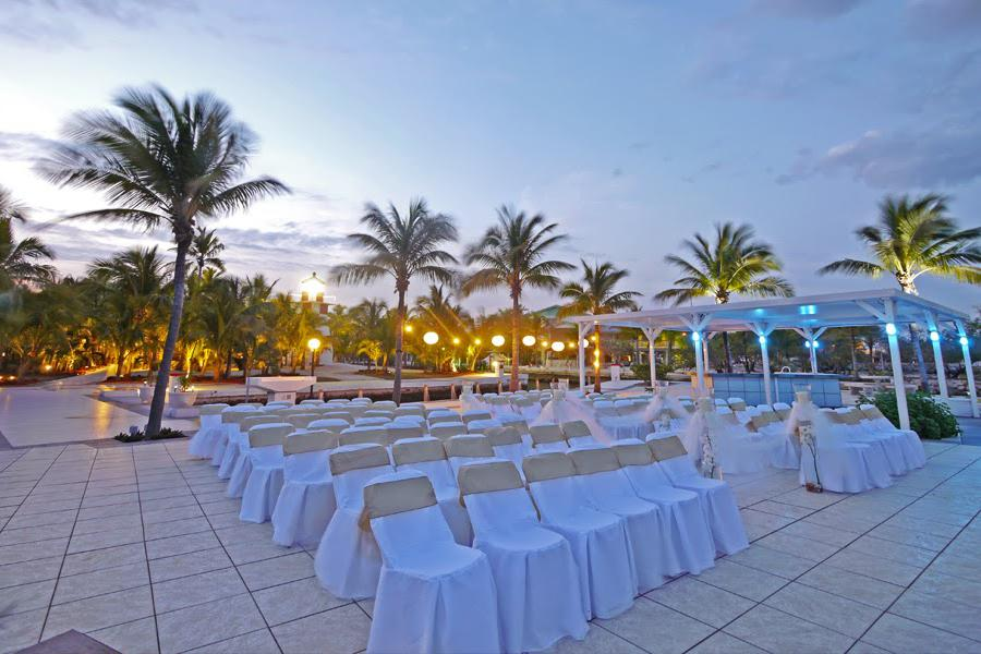 space at Large Weddings - Sunset Beach